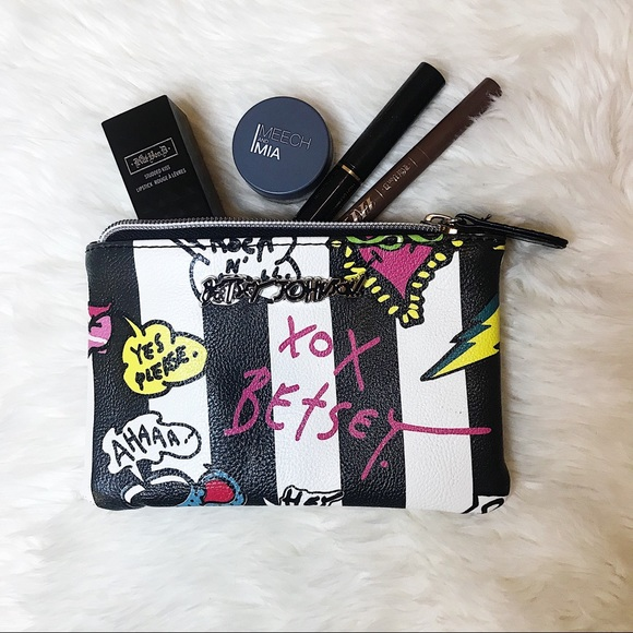Betsey Johnson Handbags - Betsey Johnson cosmetic zip bag - coffee talk